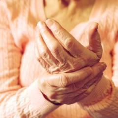 UQ researchers want your views on chronic pain management