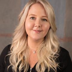 Dr Sarah Grainger headshot