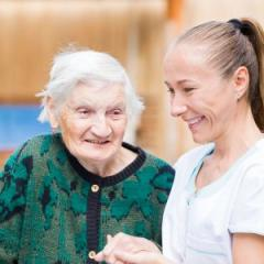 speech pathology student and aged care resident