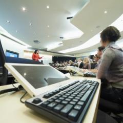 UQ teachers gain global accreditation with Higher Education Academy